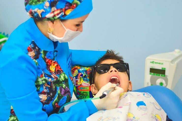 Factors to Consider when Choosing a Cosmetic Dentist
